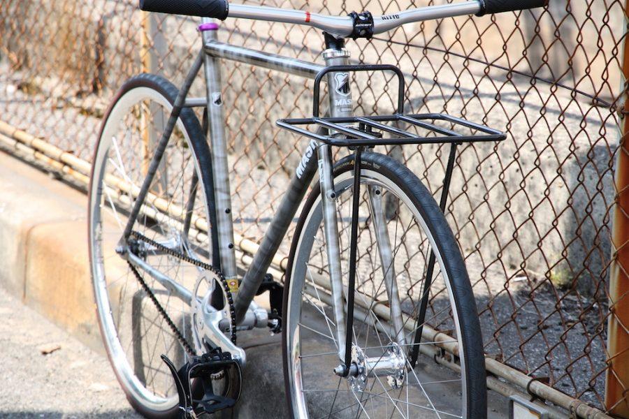 mash front rack blue lug blog